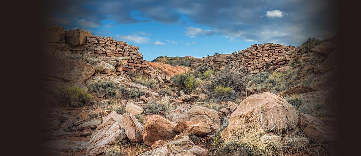 Old Bridge in Painted Desert - Petrified Forest National Park | Photo courtesy of Andrew V Kearns