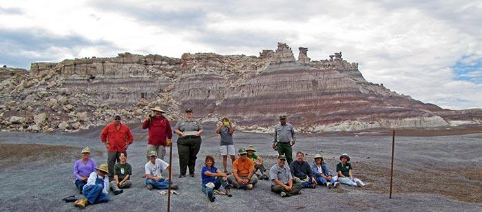 Volunteer Fence Removal Crew | NPS Photo